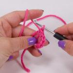Crochet another 4 single crochet (UK: double crochet) in the ring (6 in total)