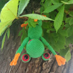 Fred the tree frog - by Caro