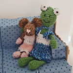 At Ramona the Mini-Rosalie has found a friend in Frog 'Mila' (and a great dress)
